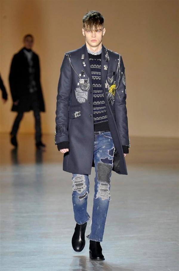 dbe4724907fd Diesel Black Gold Menswear Fall/Winter 2015 Milan Fashion Week ...