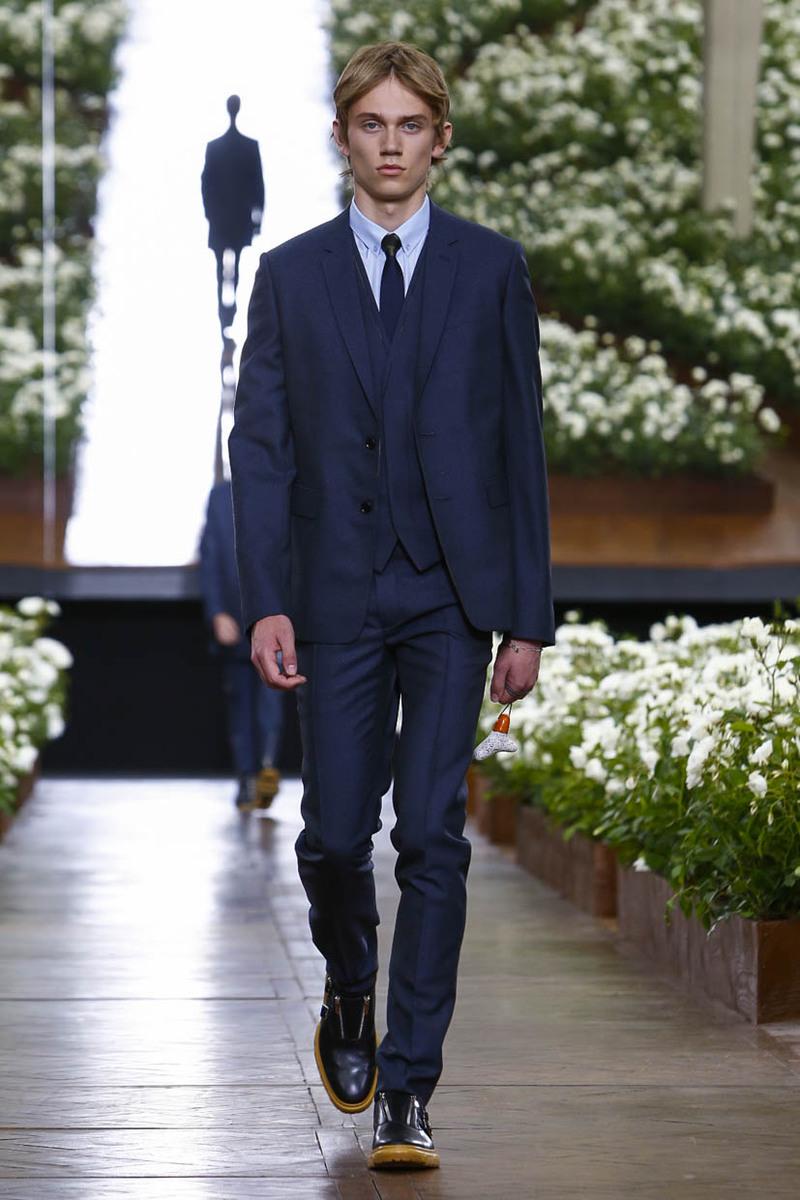 Dior Homme Spring Summer 2016 Fashion show | Paris