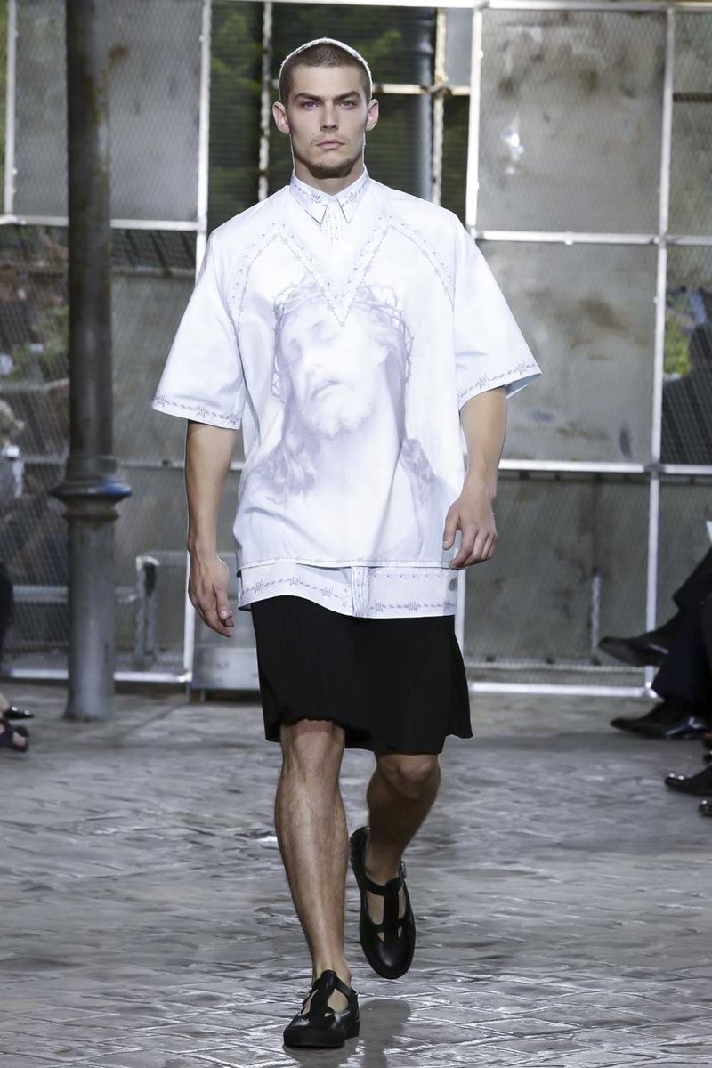 Givenchy Spring Summer 2016 Menswear Paris