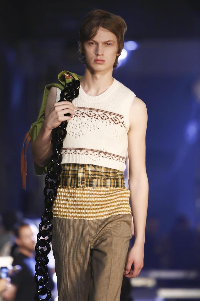 Raf-Simons-Menswear-SS16-Paris-6183-1435176356-bigthumb