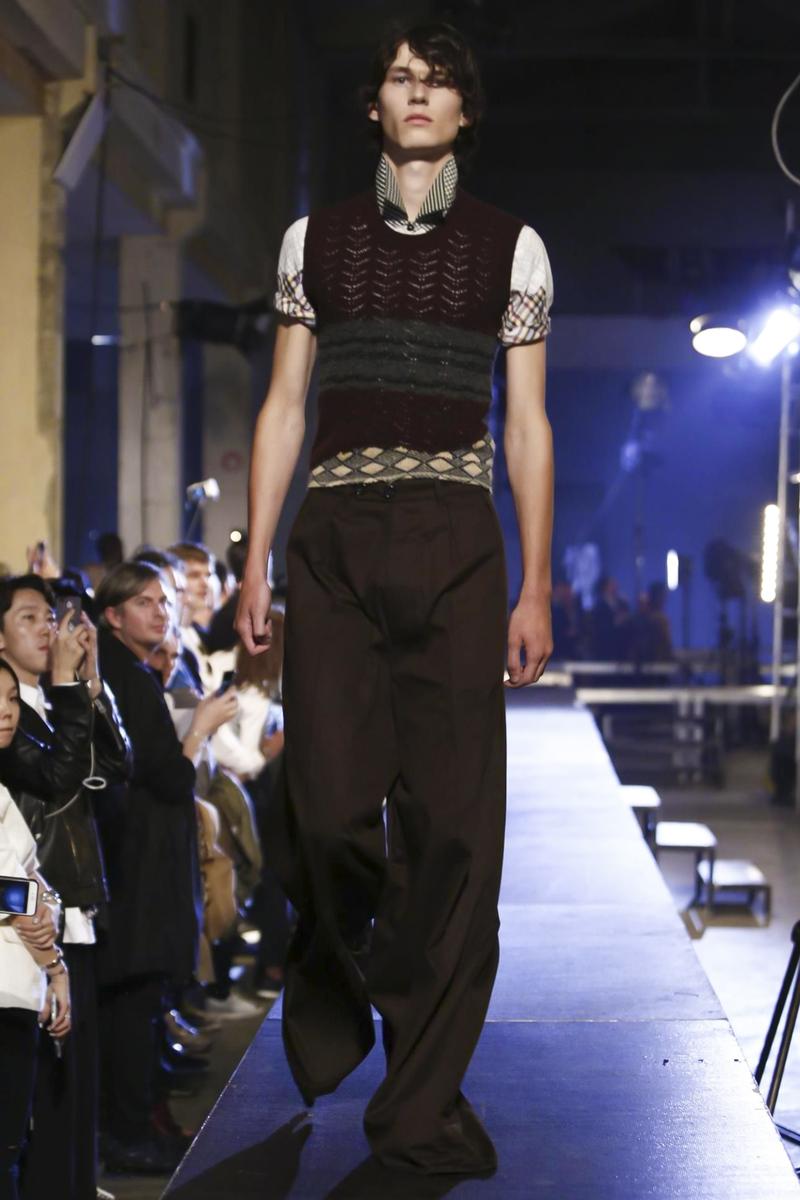 Raf-Simons-Menswear-SS16-Paris-6187-1435176361-bigthumb