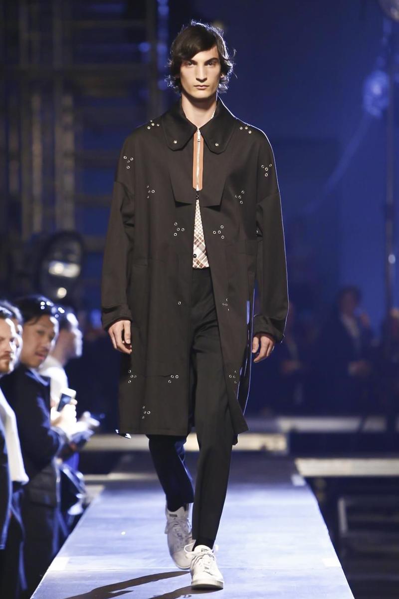 Raf-Simons-Menswear-SS16-Paris-6251-1435176458-bigthumb