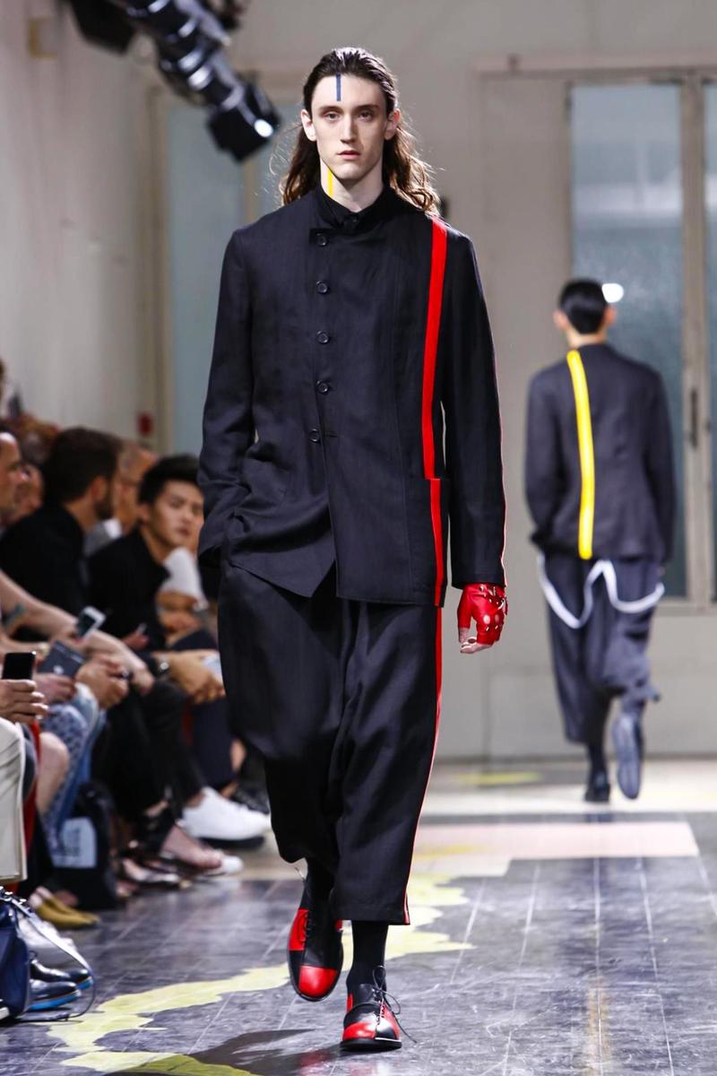 Yohji Yamamoto Menswear Spring Summer 2016 in Paris
