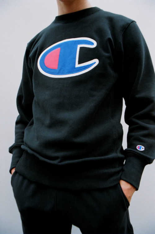 champion-03-fall-winter-lookbook-by-law-magazine-03