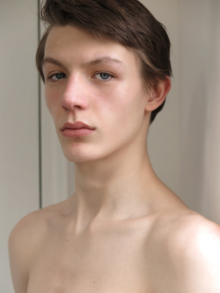 NEW FACE Finnlay Davis
