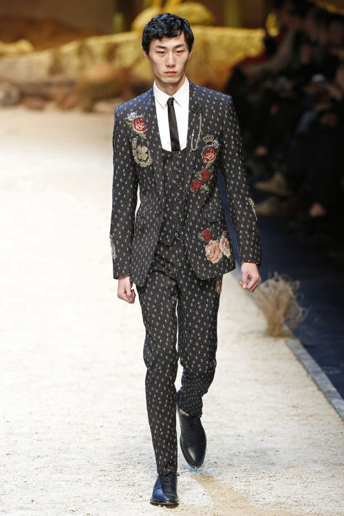 DOLCE & GABBANA FW 2016 Milan Fashion Week 2016-17 (2)