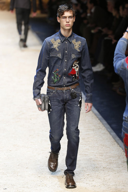 DOLCE & GABBANA FW 2016 Milan Fashion Week 2016-17 (48)