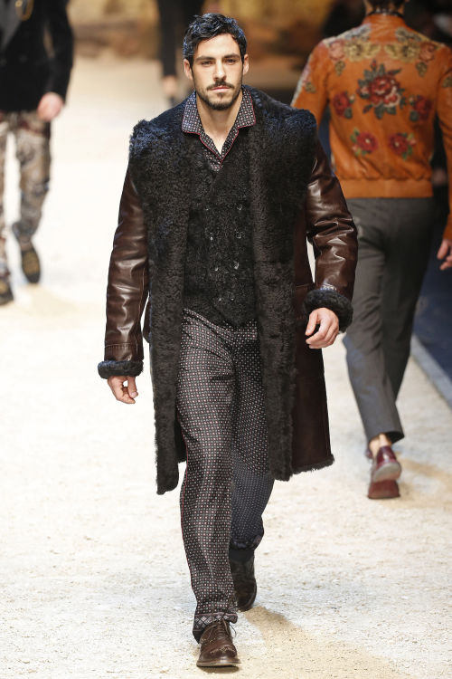 DOLCE & GABBANA FW 2016 Milan Fashion Week 2016-17 (57)