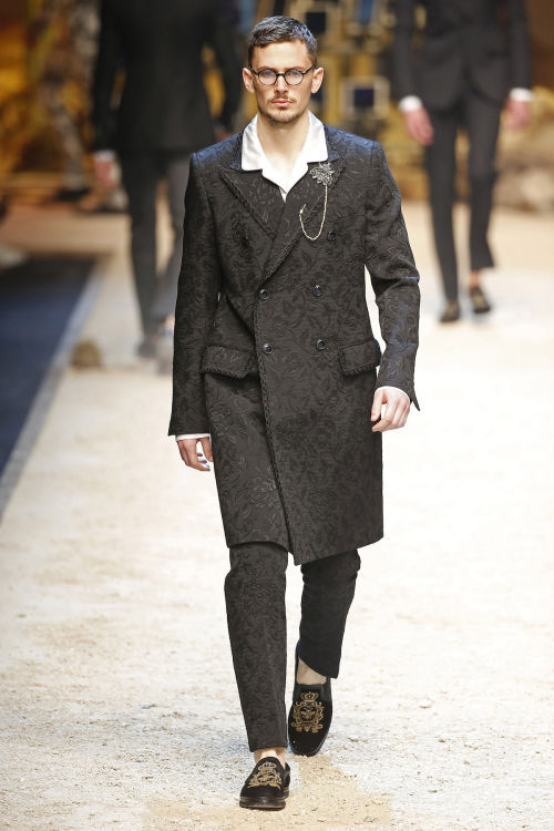 DOLCE & GABBANA FW 2016 Milan Fashion Week 2016-17 (77)