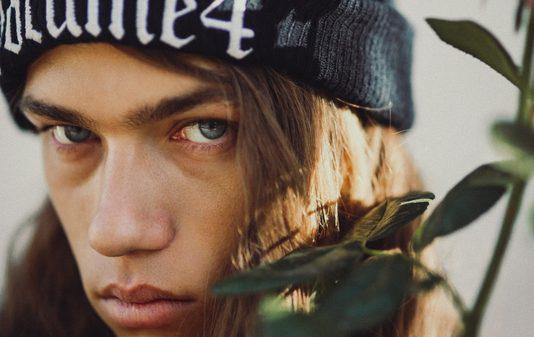 Daniel Hivner by Louis Rodiger Daniel Hivner by Louis Rodiger Vanity Teen 虚荣青年 Menswear & new faces magazine