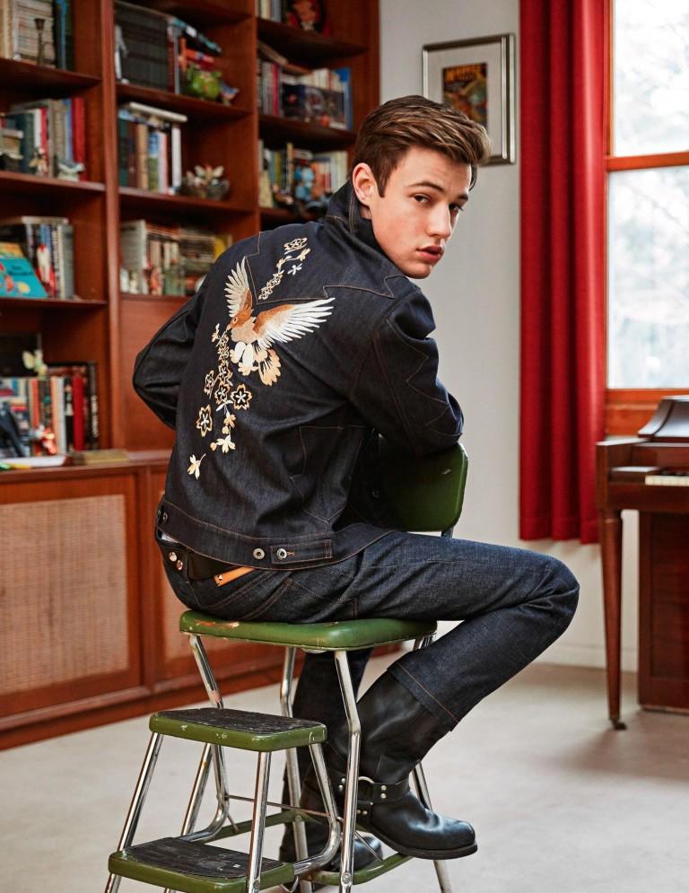 Cameron-Dallas-2016-Editorial-Shoot-Vogue-Hommes-004-768x995