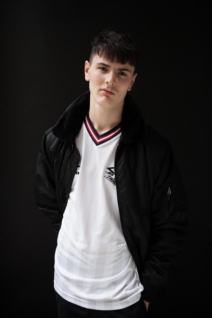 Lee Robbins Vanity Teen-7