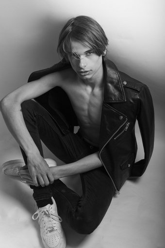Ids Grupstra at Wilhelmina London by Penn Lingris