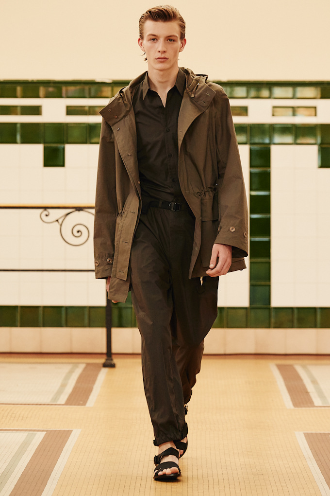 Lemaire SS'17 PFW VT Mag_01 (4)
