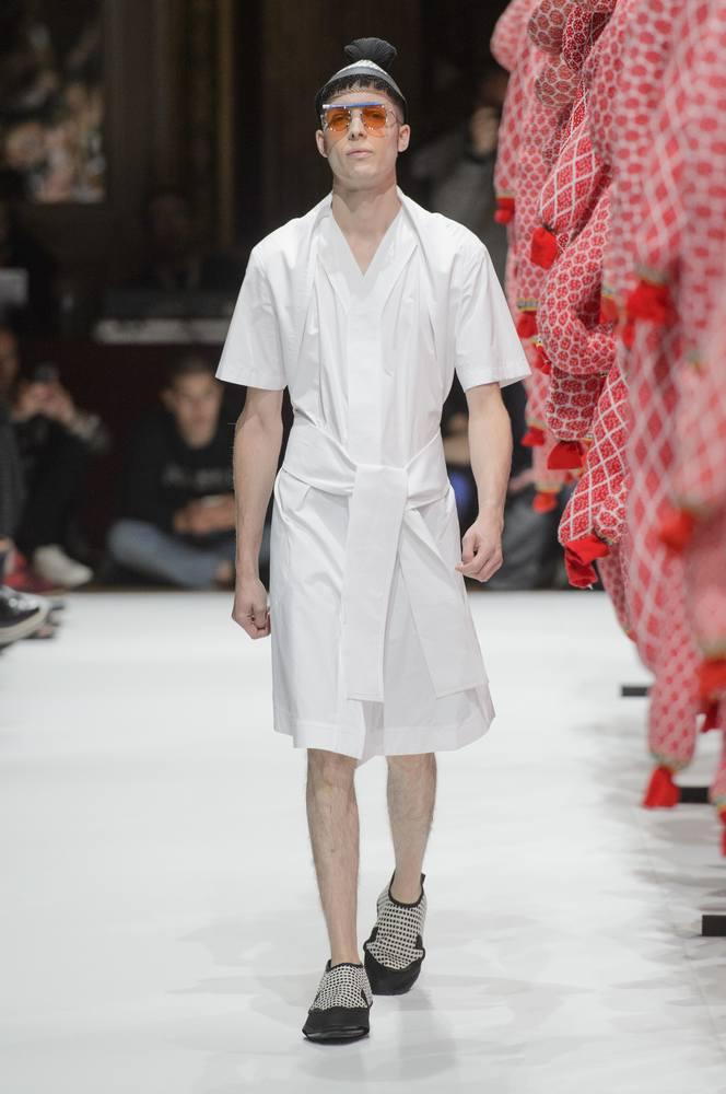 henrik-vibskov-spring-summer2017-paris-fashion-week-03