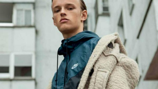From The Hood by Delia Simonetti From The Hood by Delia Simonetti Vanity Teen 虚荣青年 Menswear & new faces magazine