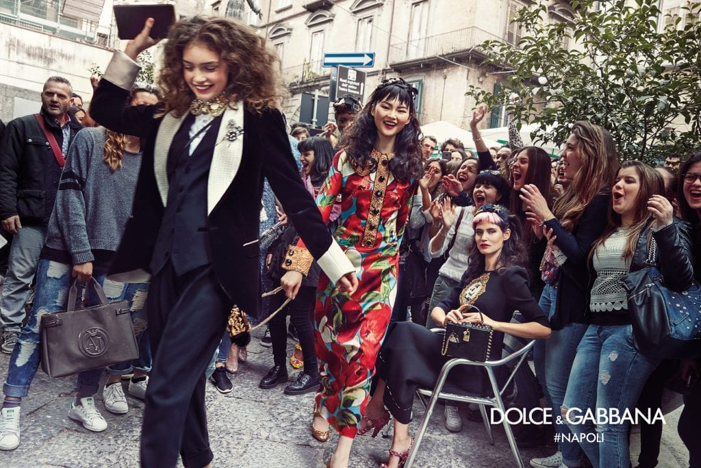 dolce-gabbana-fall-winter-2016-2017-advertisinig-campaign-in-naples-1