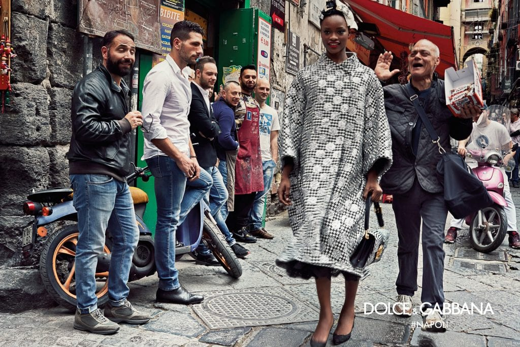 dolce-gabbana-fall-winter-2016-2017-advertisinig-campaign-in-naples-3