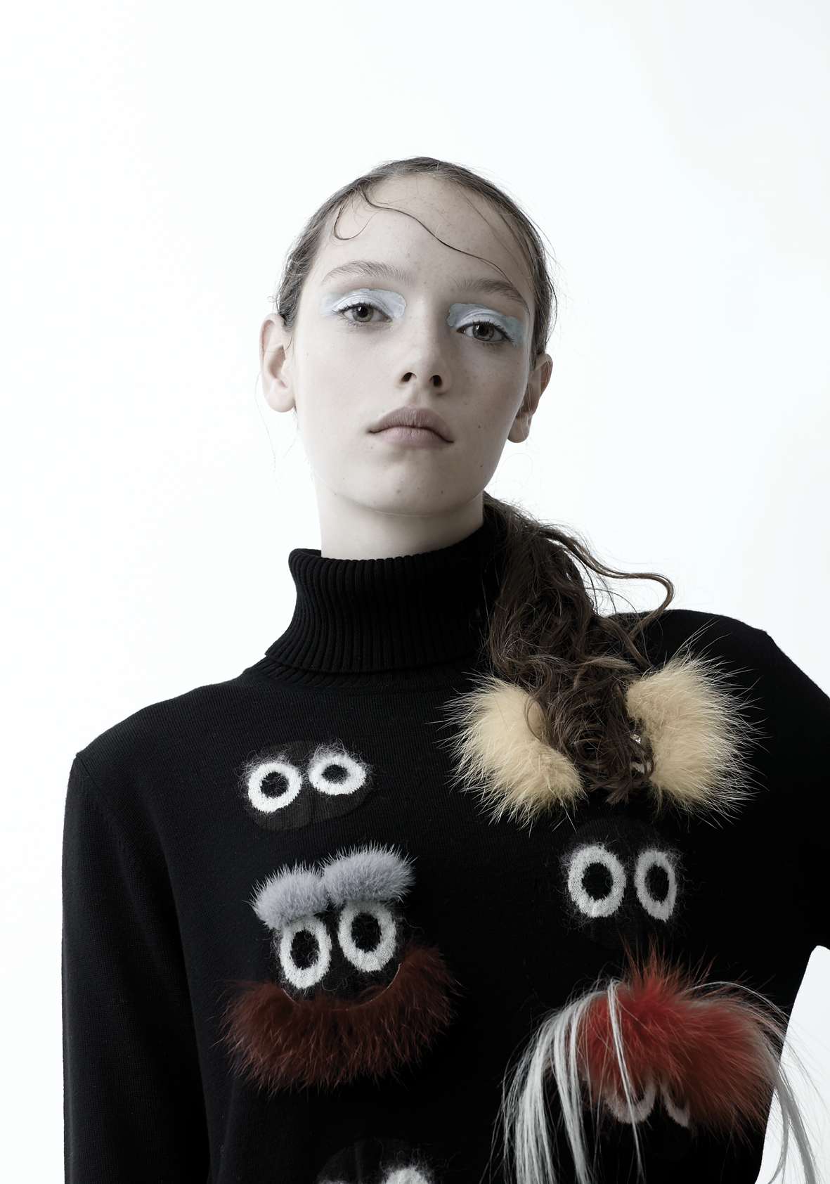 VT Girl! #1: Sophie by Ignazio Lozano VT Girl! #1: Sophie by Ignazio Lozano Vanity Teen 虚荣青年 Menswear & new faces magazine