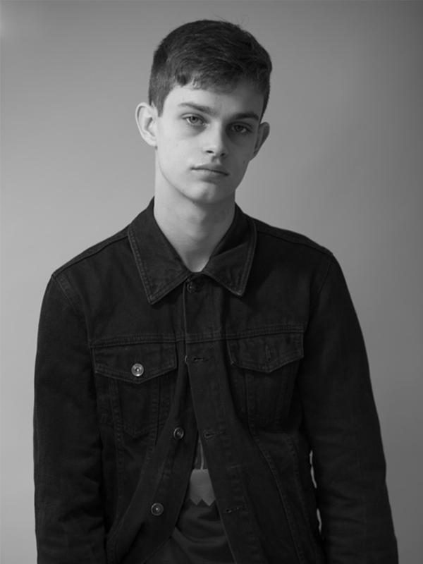 NEW FACES Noah by Penn Lingris NEW FACES Noah by Penn Lingris Vanity Teen Menswear & new faces magazine