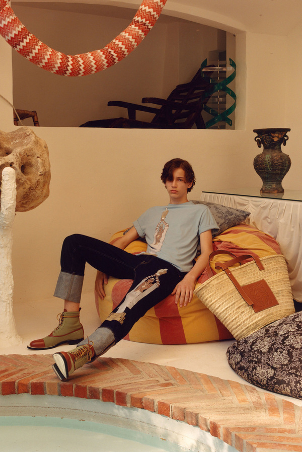 Loewe S/S 2018 Loewe S/S 2018 Vanity Teen Menswear & new faces magazine