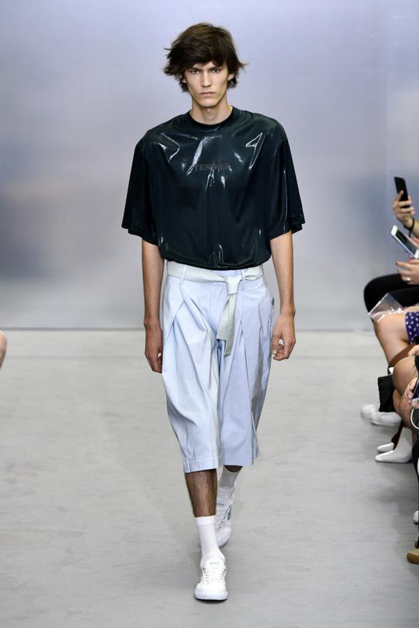 Sean Suen S/S 2018 Sean Suen S/S 2018 Vanity Teen 虚荣青年 Menswear & new faces magazine
