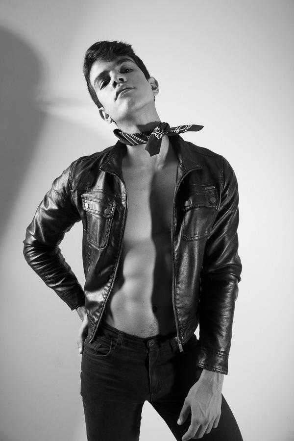 Alex Calado by Andre Costa Alex Calado by Andre Costa Vanity Teen 虚荣青年 Menswear & new faces magazine