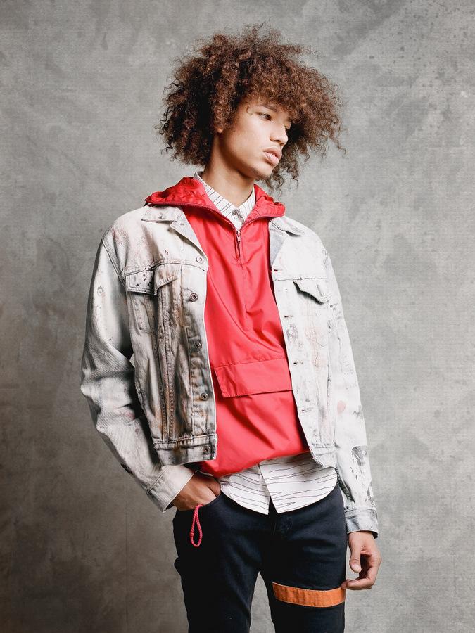 Quinn Falls by Louis Rodiger Quinn Falls by Louis Rodiger Vanity Teen 虚荣青年 Menswear & new faces magazine