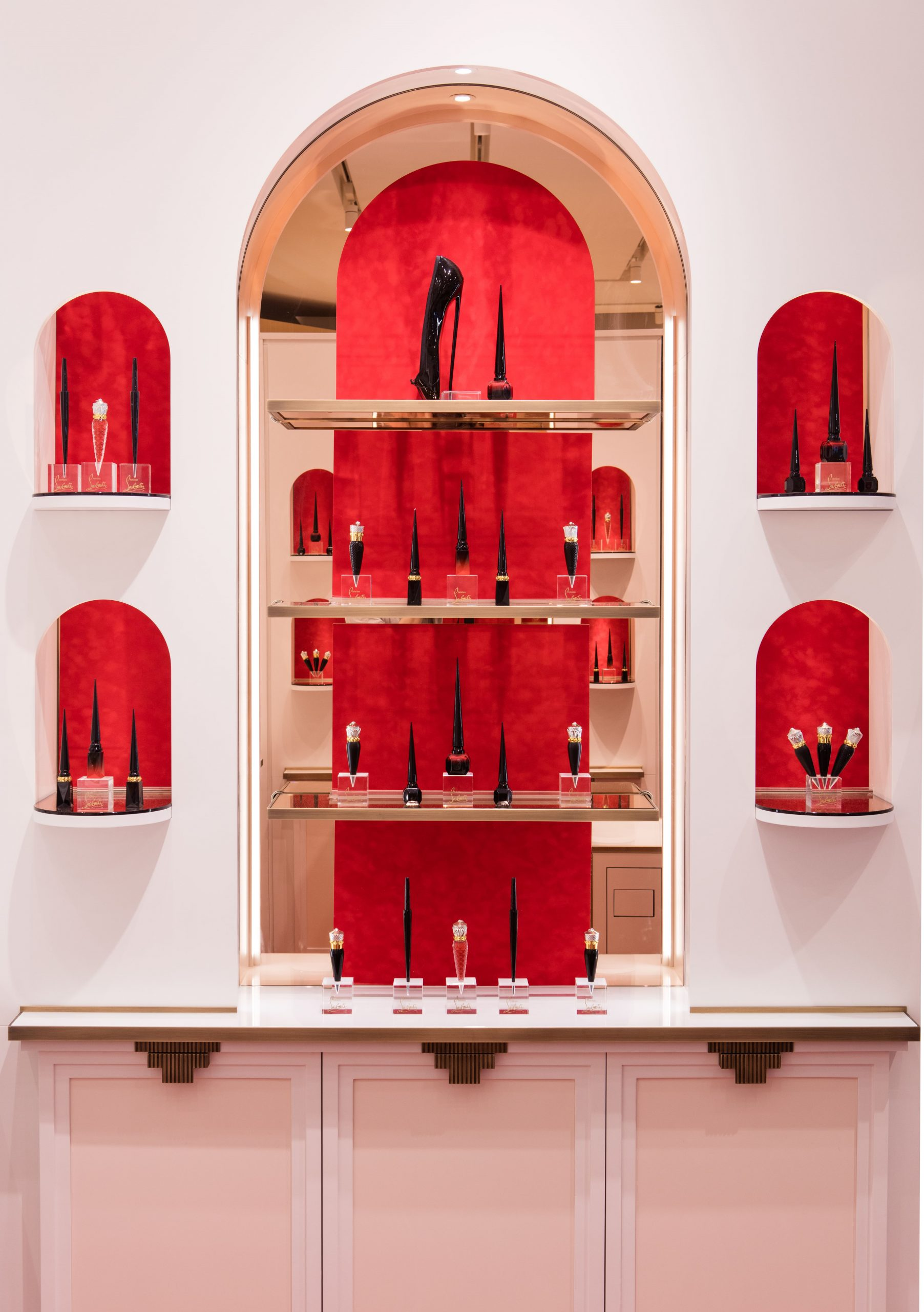 christian louboutin boutique in paris