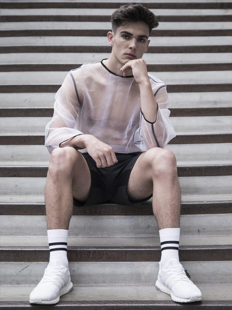 NEW FACES Finn Wood by Grzegorz Mikrut