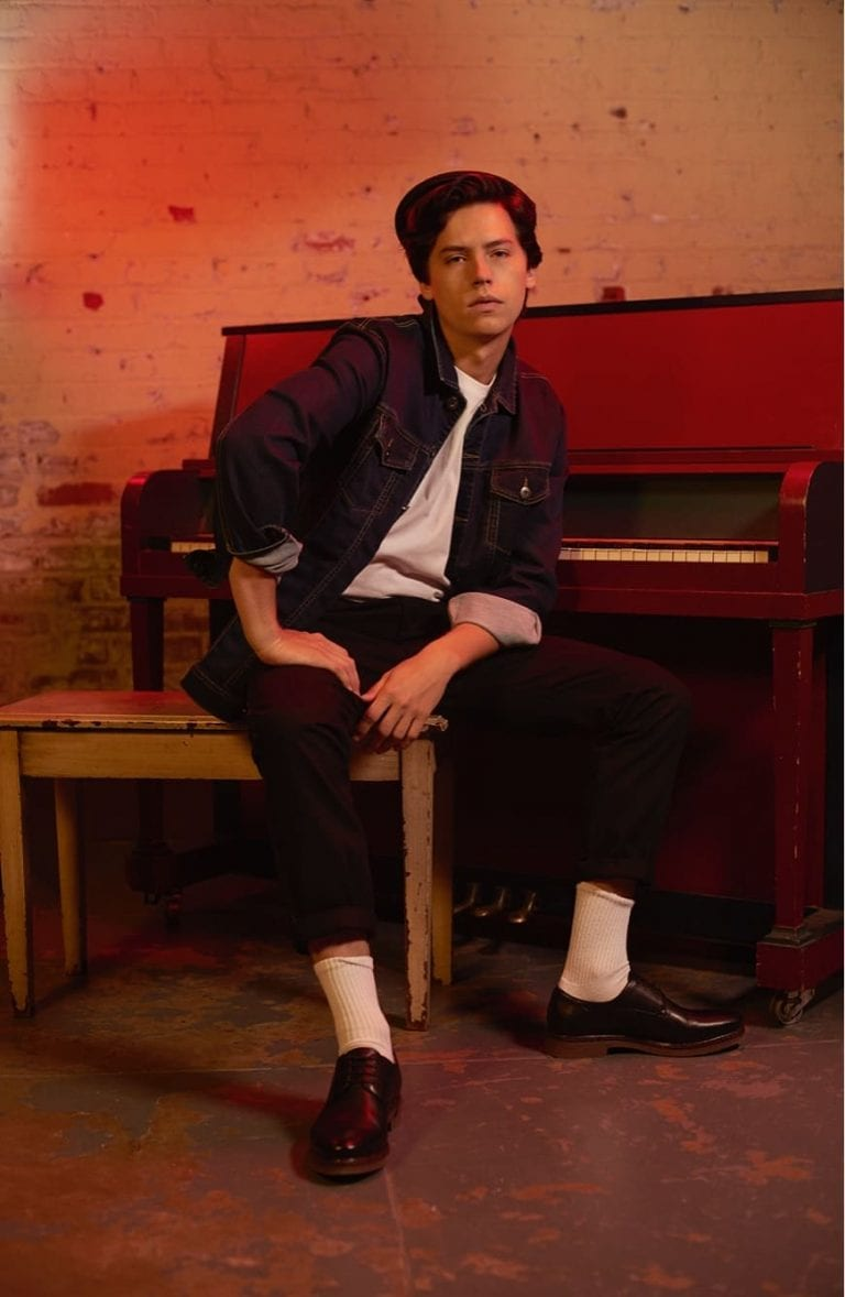 Riverdale's Star Cole Sprouse Is The Newest #GlobalBenchSetter
