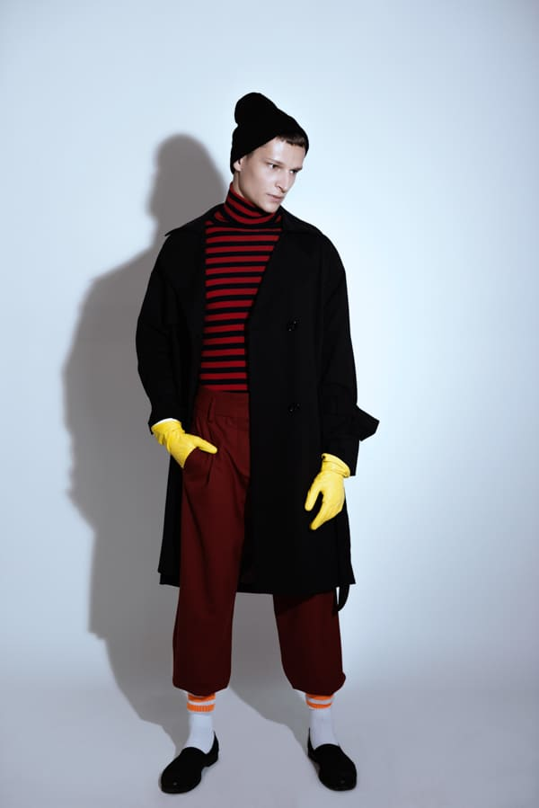 Hands & Shadows by Vanessa Lucrezia Francia  Hands & Shadows by Vanessa Lucrezia Francia Vanity Teen Menswear & new faces magazine