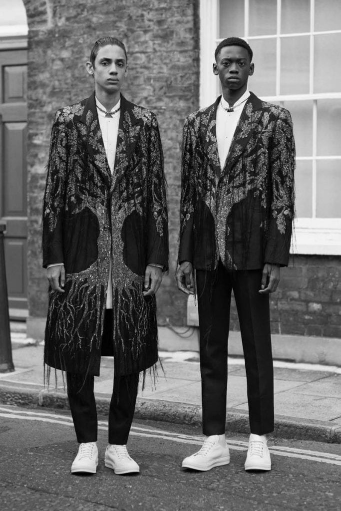Alexander McQueen S/S 18 Men's  Alexander McQueen S/S 18 Men's Vanity Teen Menswear & new faces magazine