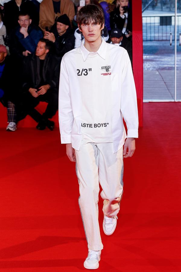 Off-White F/W 2018  Off-White F/W 2018 Vanity Teen Menswear & new faces magazine