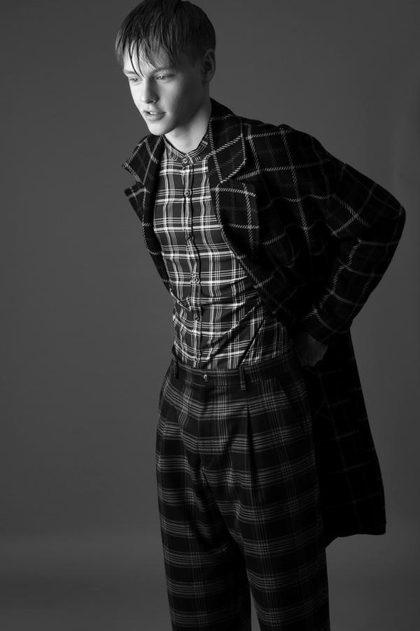 Franek Sapinski by Krzysztof Wyzynski Franek Sapinski by Krzysztof Wyzynski Vanity Teen 虚荣青年 Menswear & new faces magazine