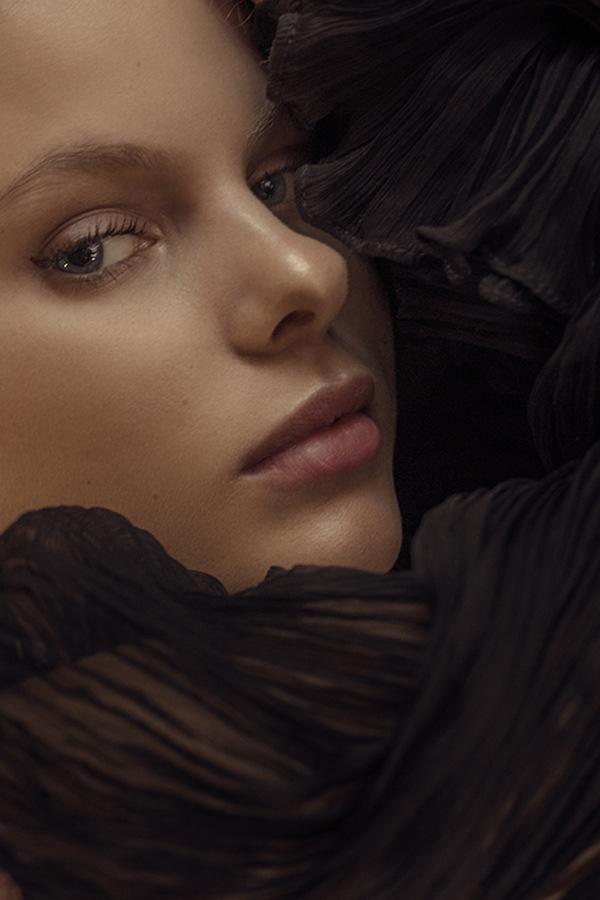 Ella Dieke by Anna Zesiger  Ella Dieke by Anna Zesiger Vanity Teen Menswear & new faces magazine