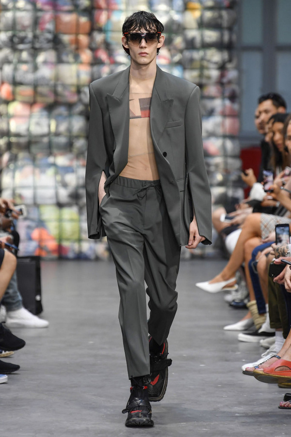 Cmmn Swdn S/S 2019  Cmmn Swdn S/S 2019 Vanity Teen Menswear & new faces magazine