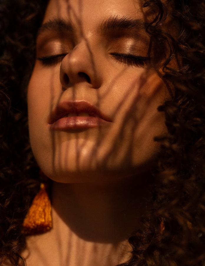 Izabella by Kylie Reimchen