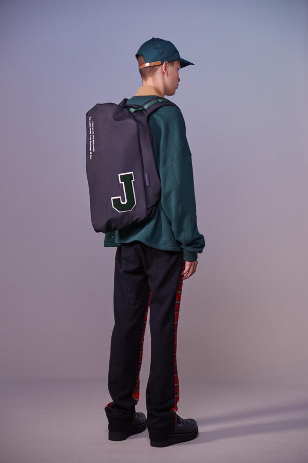 JohnUndercover S/S 2019  JohnUndercover S/S 2019 Vanity Teen Menswear & new faces magazine