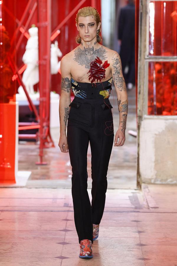 Maison Margiela S/S 2019 Maison Margiela S/S 2019 Vanity Teen 虚荣青年 Menswear & new faces magazine