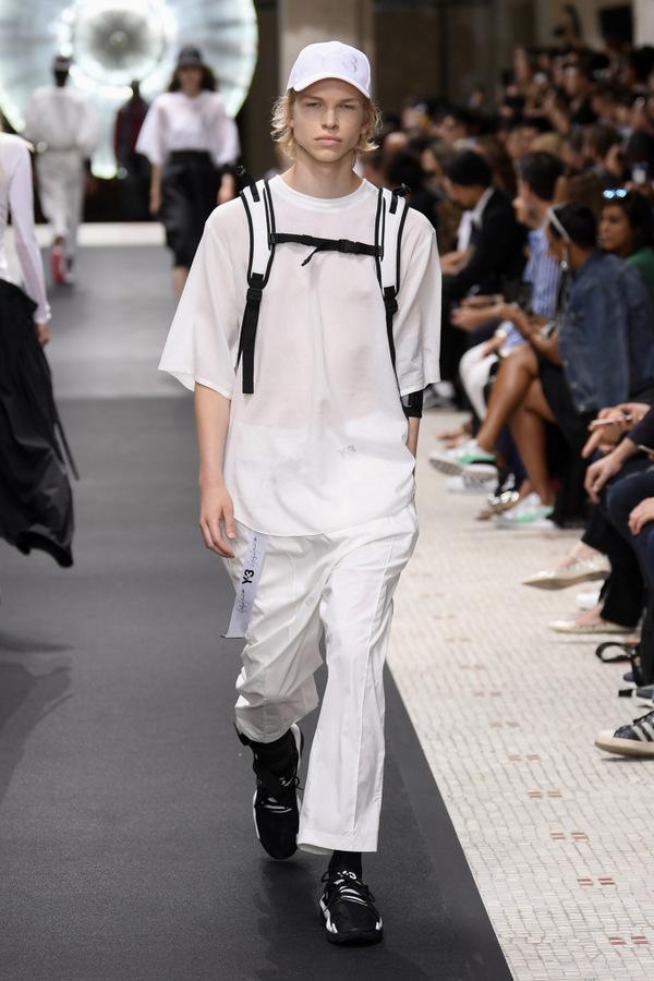 Y-3  S/S  2019  Y-3  S/S  2019 Vanity Teen Menswear & new faces magazine