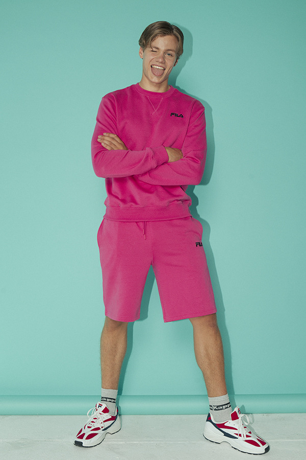 Florian Macek by Joseph Sinclair Florian Macek by Joseph Sinclair Vanity Teen 虚荣青年 Menswear & new faces magazine