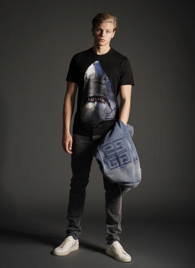 Florian Macek by Stephan Mientus  Florian Macek by Stephan Mientus Vanity Teen Menswear & new faces magazine