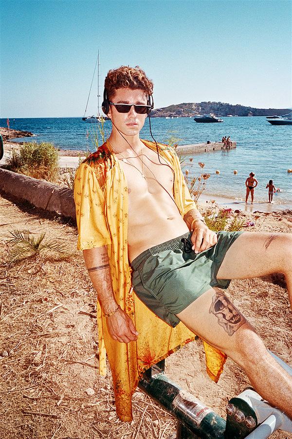 CDLP Swimwear 2018 X Jay Alvarrez CDLP Swimwear 2018 X Jay Alvarrez Vanity Teen 虚荣青年 Menswear & new faces magazine