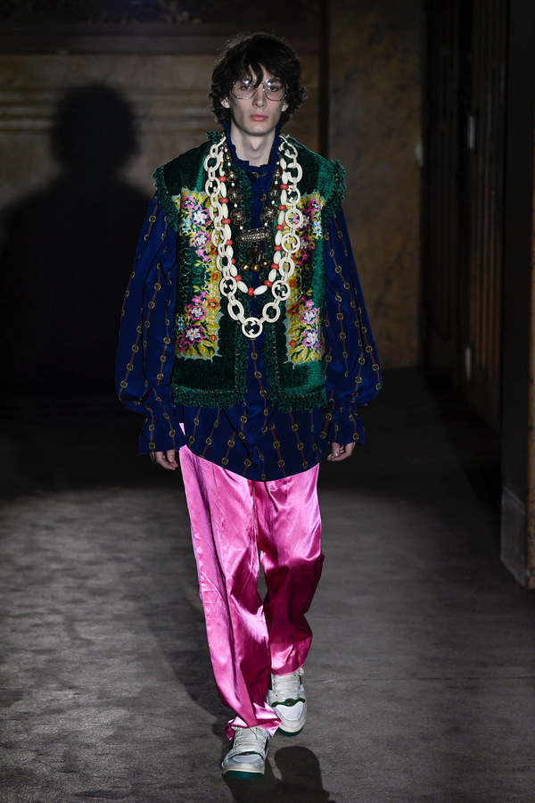 Gucci Spring 2019  Gucci Spring 2019 Vanity Teen Menswear & new faces magazine