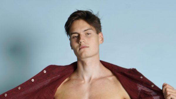 Moritz Hau by Stephan Mientus Moritz Hau by Stephan Mientus Vanity Teen 虚荣青年 Menswear & new faces magazine