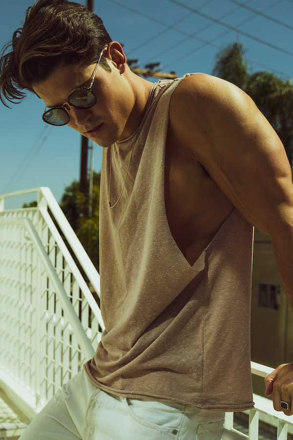 William Goodge by Gaston McGary William Goodge by Gaston McGary Vanity Teen 虚荣青年 Menswear & new faces magazine