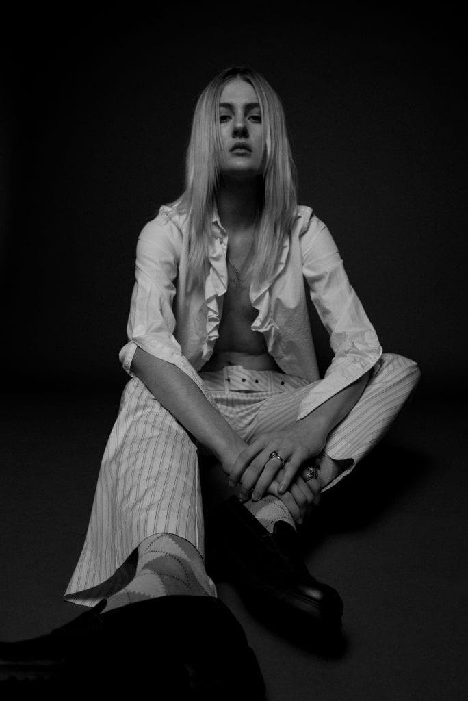 Emma Konstandina by Niko Serpanos Emma Konstandina by Niko Serpanos Vanity Teen 虚荣青年 Menswear & new faces magazine