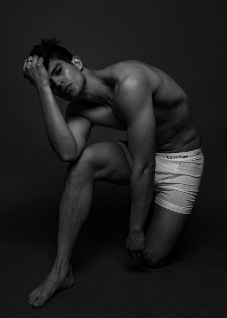 Sebastian Schialer by Niko Serpanos Sebastian Schialer by Niko Serpanos Vanity Teen 虚荣青年 Menswear & new faces magazine