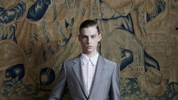 Alexander McQueen F/W 2020  Alexander McQueen F/W 2020 Vanity Teen Menswear & new faces magazine